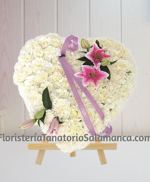 Corazón para funeral clavel blanco y rosa con envío urgente para tanatorios de Salamanca