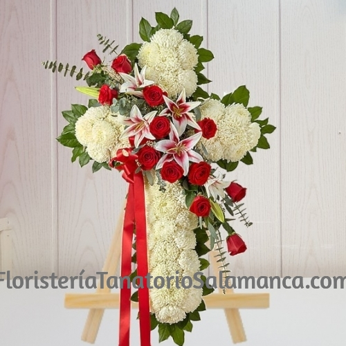 Cruz funeraria clavel y rosas especial para tanatorios de Salamanca