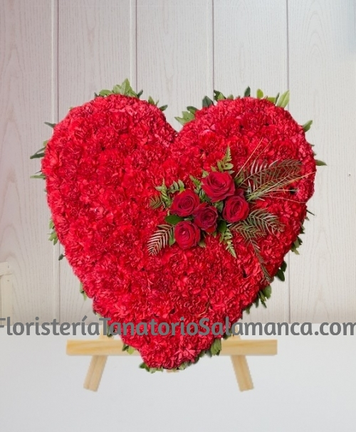 Corazón para funeral clavel rojo