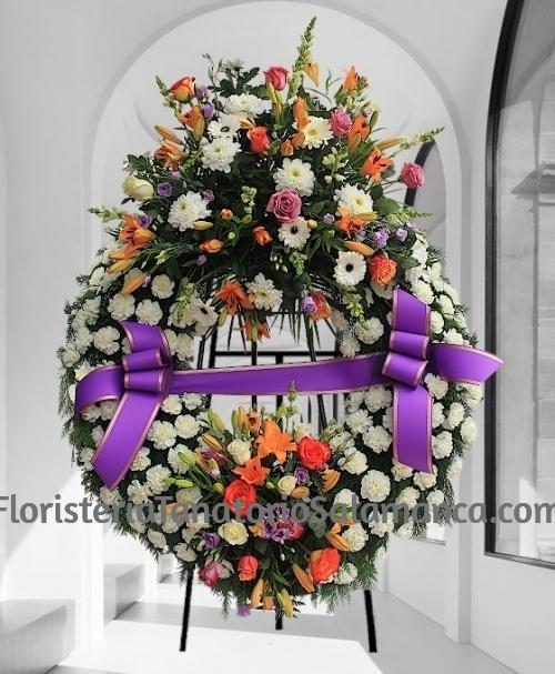 Corona para difuntos flor variada doble cabezal para tanatorios de Salamanca